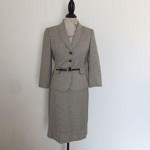 Tahari 2 piece Blazer Skirt Suit Belted 3/4 Sleeve